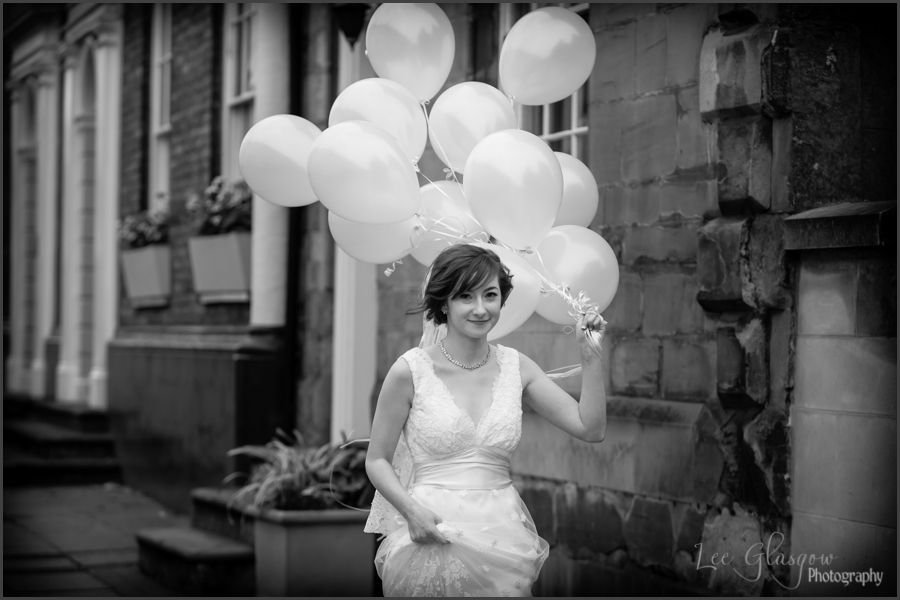 wedding photographer Lord Leycester Hospital warwick