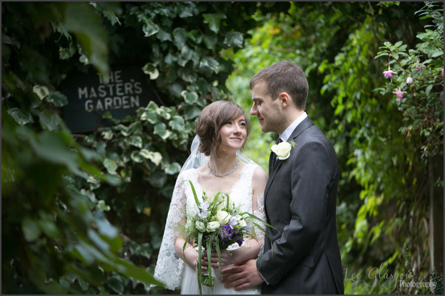 wedding photographer Lord Leycester Hospital warwick
